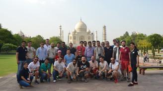 Motosiklet alıp Hindistan tatili kazandılar