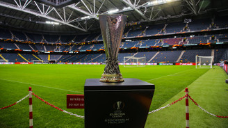 UEFA Avrupa Ligi Kupası sahibini buluyor
