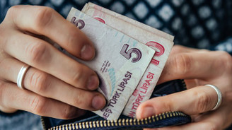 Asgari ücret enflasyon karşısında eridi