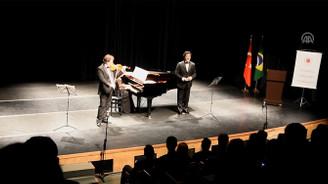 Brezilya'da Türk müziği konseri
