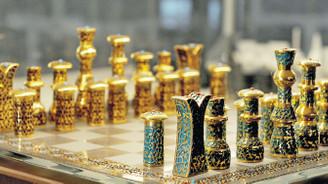 Kültür, tarih ve tasarım, satranç takımında buluşunca