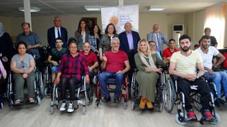 Semiha Kibar'dan 200 adet tekerlekli sandalye bağışı