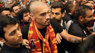 Maicon, İstanbul'a geldi