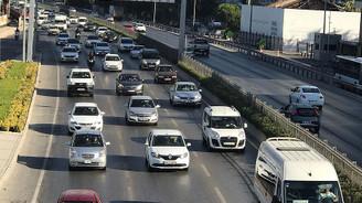 İZDENİZ'deki grev İzmir trafiğini kilitledi