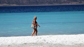 'Türkiye'nin Maldivleri' Salda Gölü turistlerin yeni gözdesi