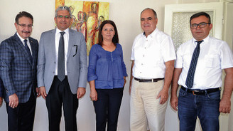 Eskişehir Sanayi Odası yönetiminden DÜNYA'ya ziyaret