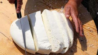 Erzincan tulum peyniri, sofralara lezzet katıyor
