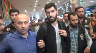 Fenerbahçe'nin yeni transferi Luis Neto, İstanbul'da