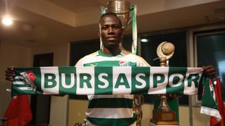 Bursaspor Badu ile sözleşme imzaladı
