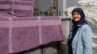 Ev hanımıydı, tekstil boyacılığında aranan firmanın patronu oldu