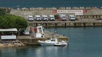 Kocaeli açıklarında göçmen teknesi battı