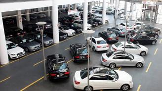 İthal otomobil satışlarına kur freni