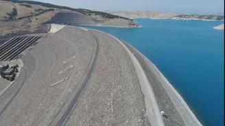 Atatürk Barajı, çiftçinin umudu oldu