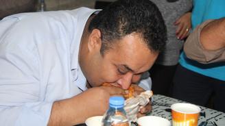 Acılı Ciğer Yeme Yarışması