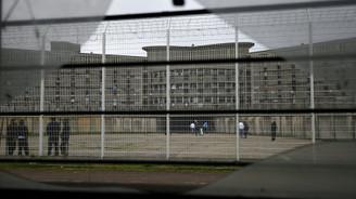 Avrupa'nın en büyük cezaevinde isyan