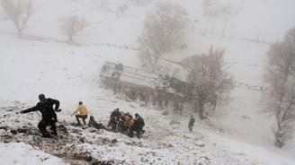 Muş'ta yolcu otobüsü devrildi: 6 ölü, 29 yaralı