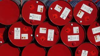 Günlük petrol talebi 100 milyon varile dayandı