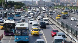 Trafiğe 96 bin yeni araç girdi