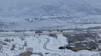 Bingöl'de ulaşıma kar engeli