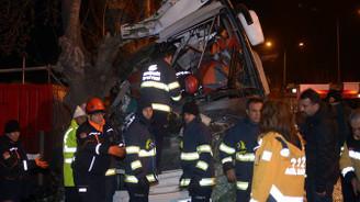 Eskişehir'de tur otobüsü kaza yaptı: 11 ölü, 44 yaralı