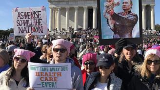 ABD'de Trump karşıtı Kadınlar Yürüyüşü