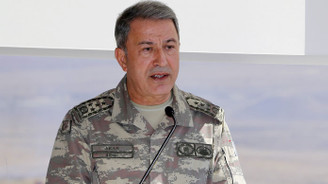 Orgeneral Akar, sınırda birlikleri denetliyor