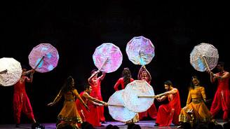 Bollywood'un rengârenk dünyası…