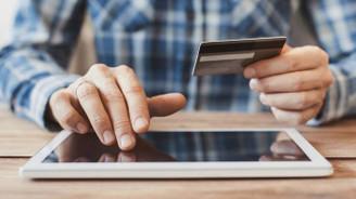 AB'de 10 internet kullanıcısından 7'si e-alışverişi seçti