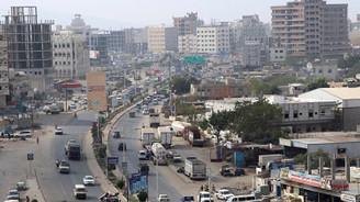 Yemen'de 'ayrılıkçılar hükümet binasını ele geçirdi' iddiası