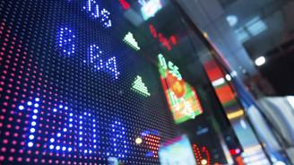 Borsa rekor kırdı, dolar yükseliyor