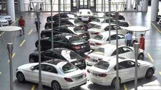 Otomotivde satışları, kur artışı ve söylentiler vurdu!