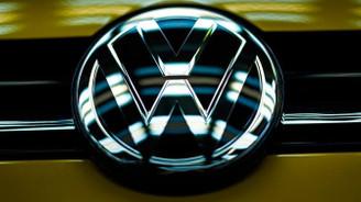 Alman otomotiv devlerine deney suçlaması