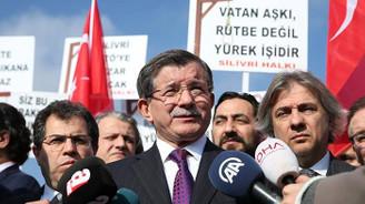 Davutoğlu: Afrin'de omuz omuza vermeliyiz