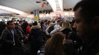New York'un en önemli havalimanını su bastı