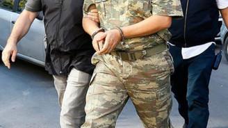 FETÖ soruşturmasında 21 asker tutuklandı