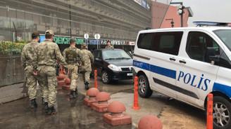 Gaziantep'te havaya ateş açan asker ikna edilerek gözaltına alındı