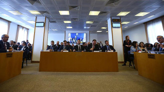 Yeni sistemin ilk bütçesi komisyonda