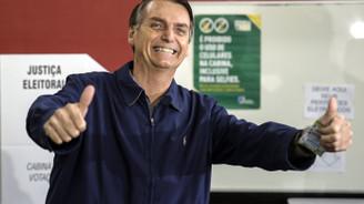 Brezilya'da aşırı sağ ilk turu kazandı
