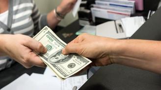 Dolar/TL dar bantta dalgalandı