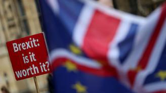 İngiliz kabinesinde Brexit depremi