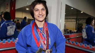 Milli sporculardan 2 altın madalya