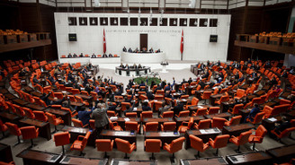 Meclis'in bütçe mesaisi sürüyor