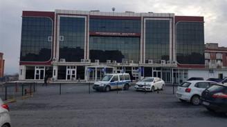 Büyükçekmece Adliye binası bomba ihbarı nedeniyle boşaltıldı