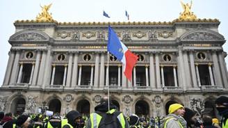Fransa'da zam kararı onaylandı