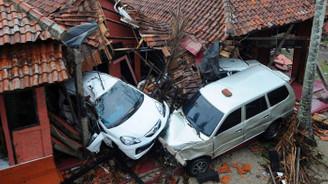 Endonezya'da can kaybı 280'e çıktı