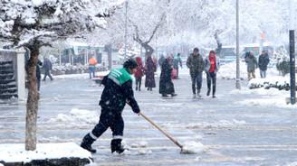 Ankara dahil 28 ilde eğitime kar tatili