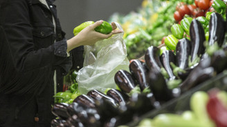 Enflasyonda düşüş kasımda beklentileri aştı