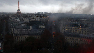 Paris'teki son gösterilerin faturası ağır oldu