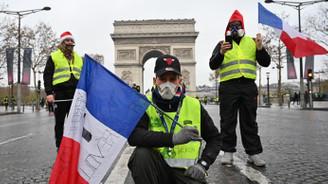 Fransa akaryakıt zamlarını iptal edebilir