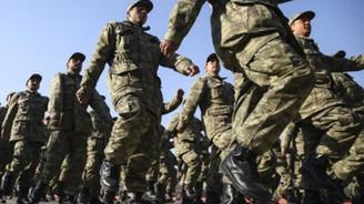 Askerlik sürelerinin kısaltılması ile yeni askerlik sistemi görüşüldü